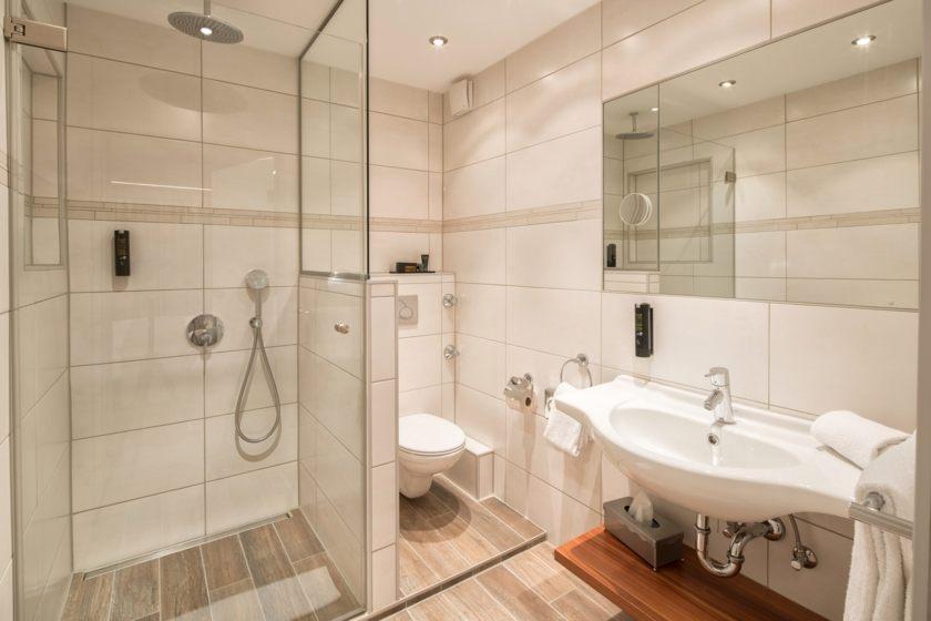 Komfort Doppelzimmer Bad