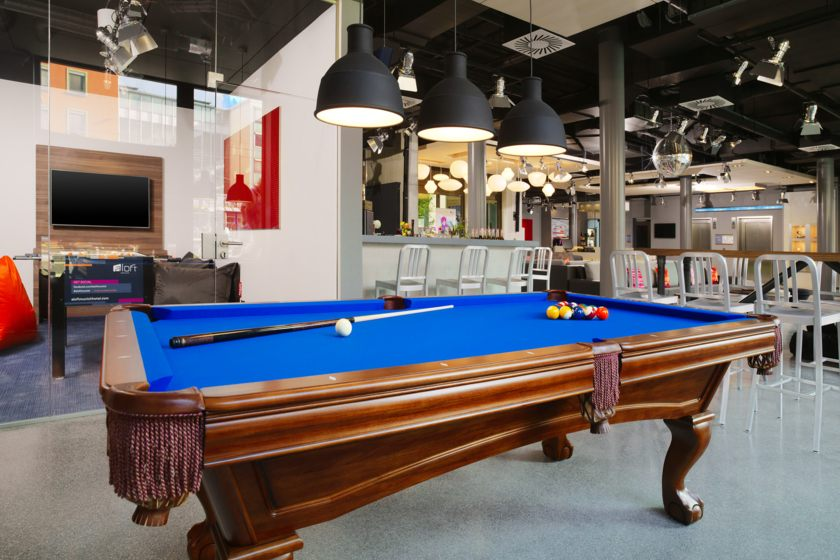Billard in der Lobby
