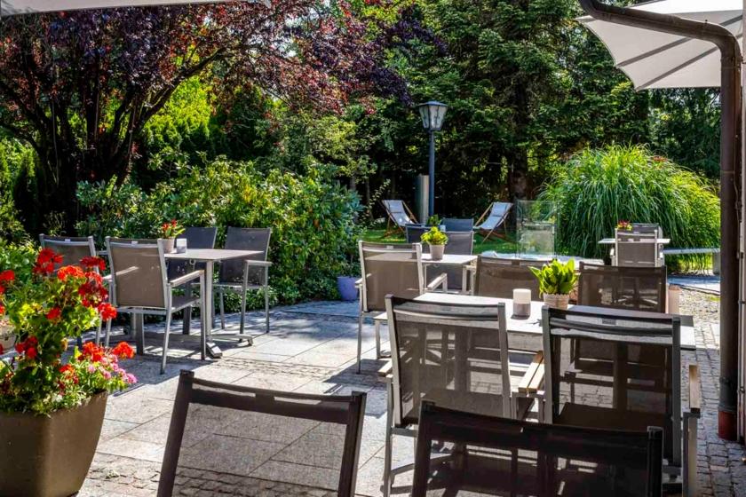 Terrasse Bar Best Western Plus Hotel Erb Parsdorf-München