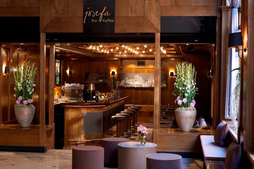Josefa Bar & Kaffee / Lobby