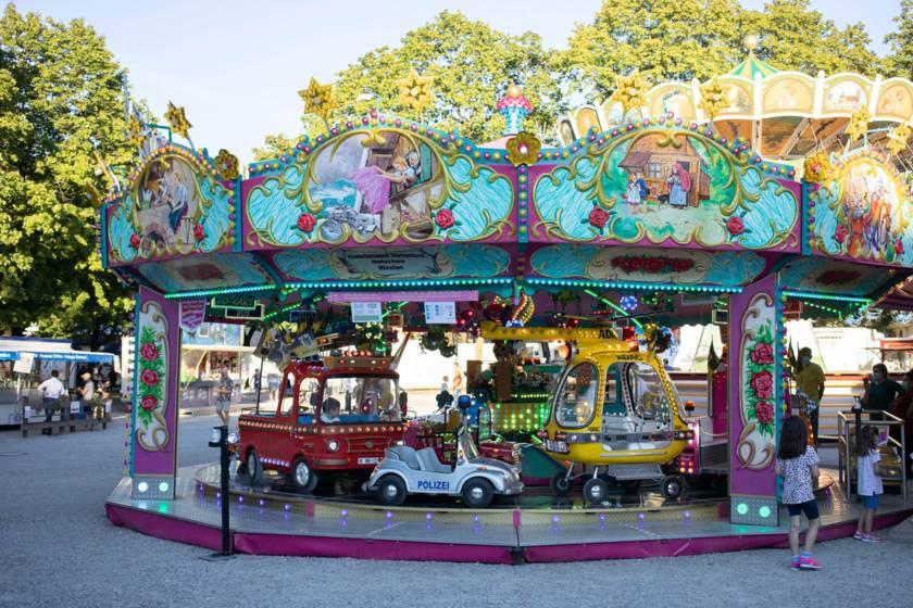 Sommer in der Stadt Mariahilfplatz 8306-foto-frank-stolle