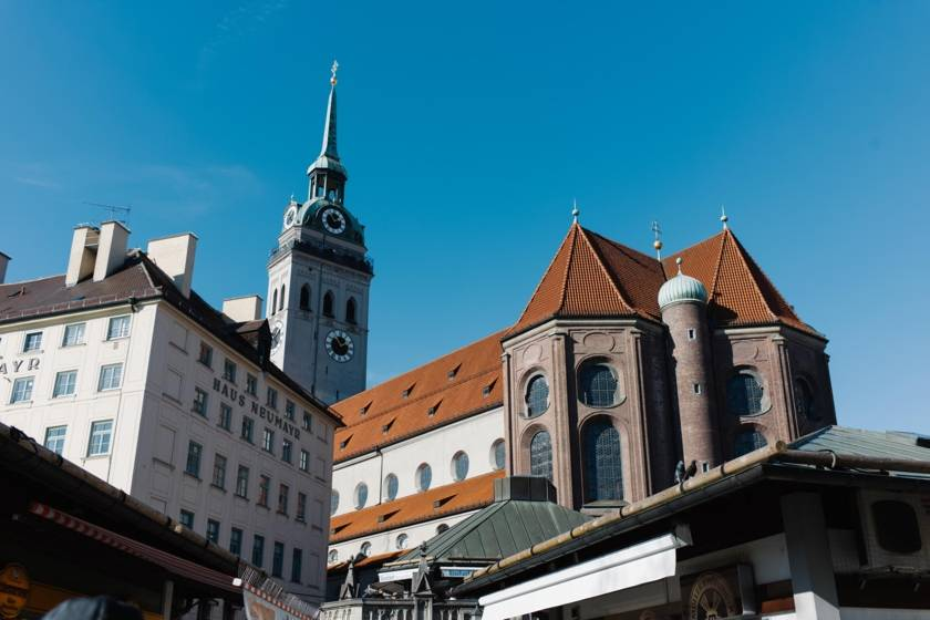 Altstadt Viktualienmarkt Alter Peter dm040