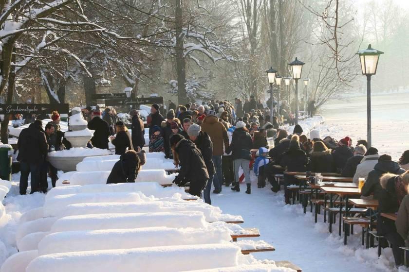 Biergarten Winter Englischer Garten 2011s