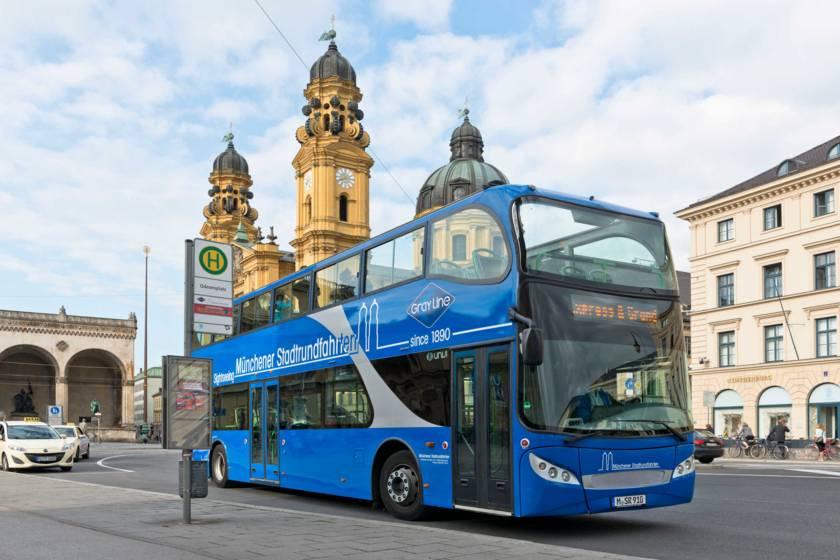 Stadtrundfahrt Blauer Bus Sightseeing Odeonsplatz
