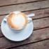 Wir starten den Spaziergang mit Saskia Diez mit einem Cappuccino im Café Dukatz.