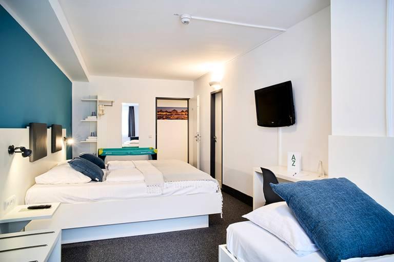 Dreibettzimmer Innenhof