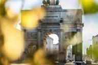 Eines der schönsten Wahrzeichen Schwabings ist das Siegestor direkt an der Ludwigstraße.