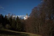 Wer zum Kloster Andechs wandert, belohnt sich danach im Biergarten mit bester bayerischer Küche.