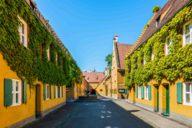 Siedlungshäuser der Fuggerei in Augsburg