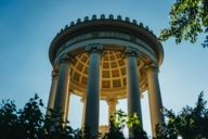 Der berühmte Monopteros im Englischen Garten entstand in klassizistisch-griechischer Bauweise.