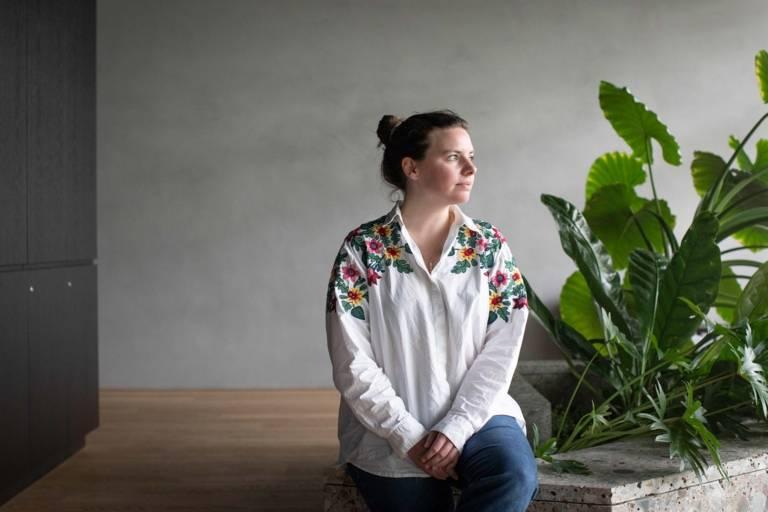Modeleitung von Vogue.de Lena Sämann beim Interview in München