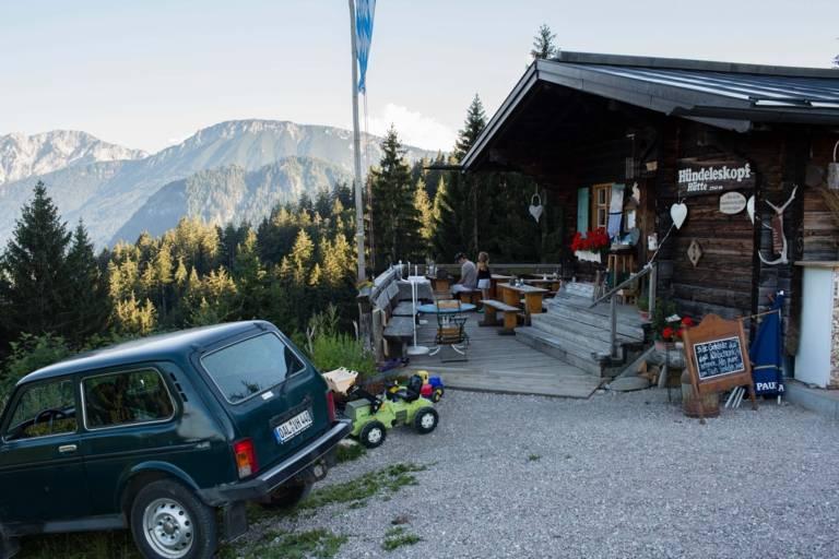 Eingangsbereich der Hündeleskopfhütte, der ersten vegetarischen Hütte in den Alpen.