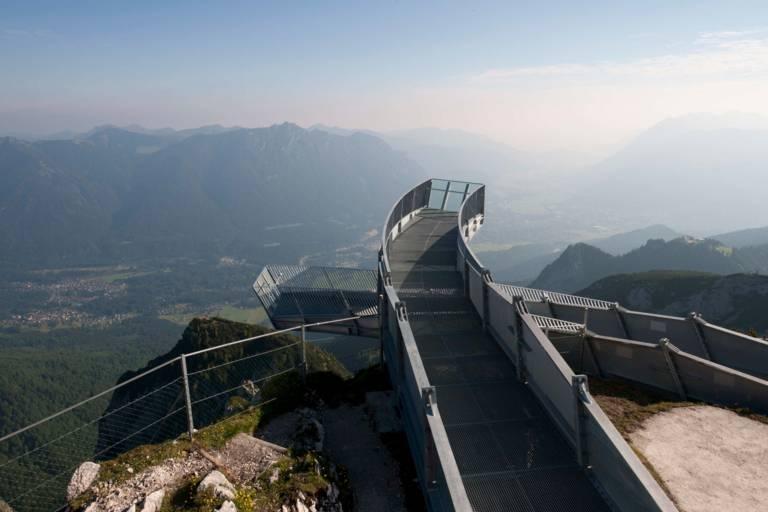 Ausblick von der Zugspitze in Bayern.