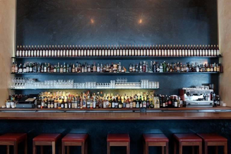 Die Bar im Schumanns in München.