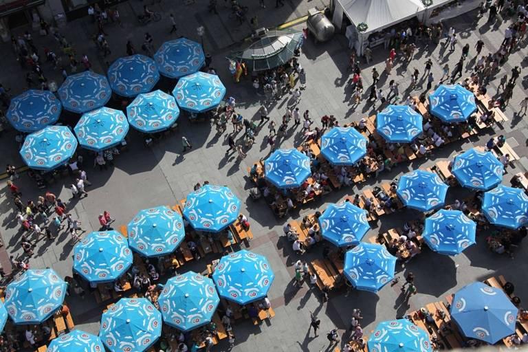 In der Münchner Innenstadt ist immer was los – und auch die Einheimischen treffen sich hier gerne.