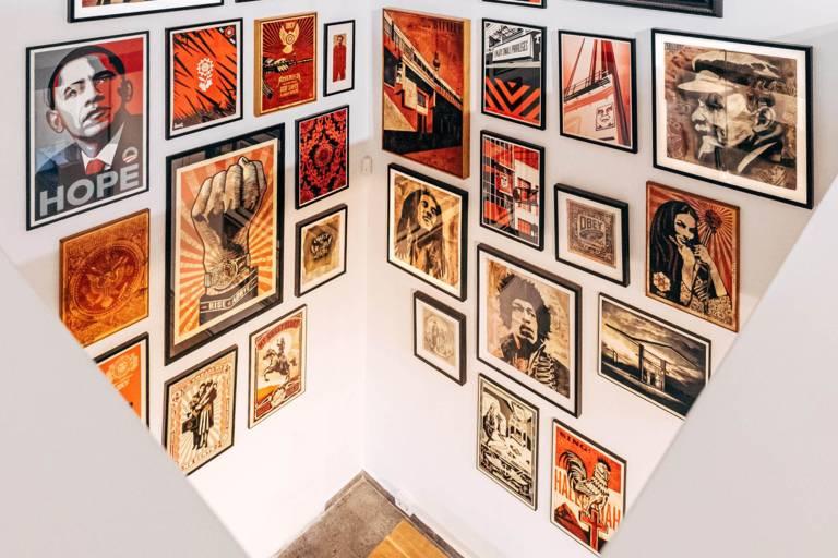 Ausstellungsstücke im Museum of Urban and Contemporary Art (MUCA) in München.
