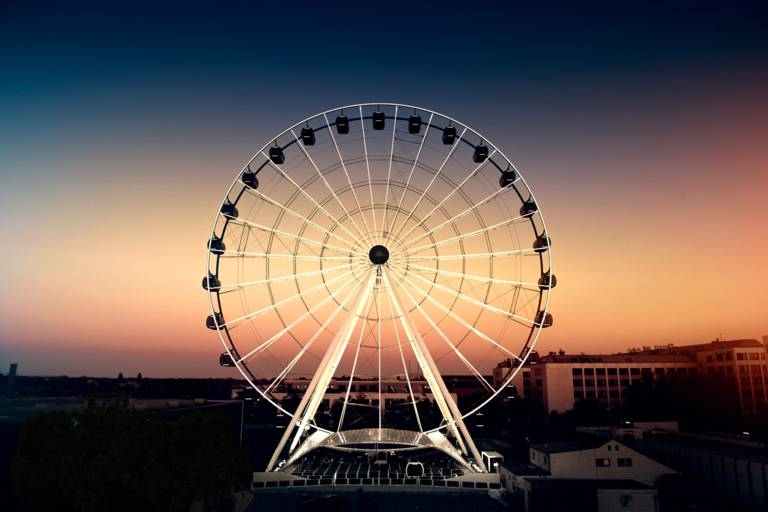 Das Riesenrad Hi-Sky in München.