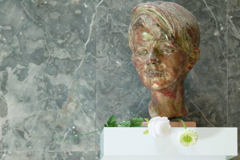 Eine Büste von Sophie Scholl in der Ludwig-Maximilians-Universität München