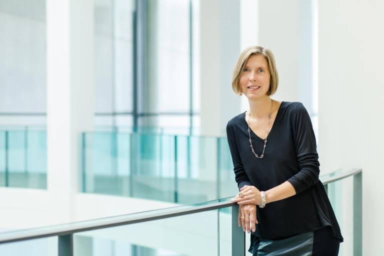 Angelika Nollert, Direktorin der Neuen Sammlung, in der Pinakothek der Moderne.